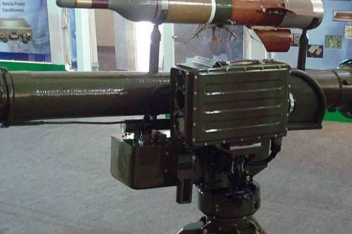O míssil HJ-8 É fabricado atualmente no Paquistão.