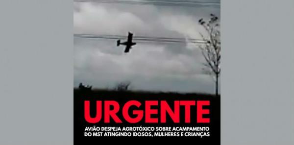 aviao-joga-agrotoxico-para-mst119760